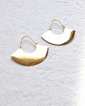 Load image into Gallery viewer, EVA EARRINGS
