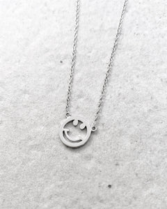 SMILE SILVER NECKLACE