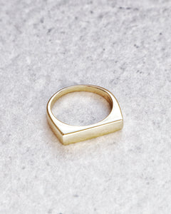 LONG SIGNET RING