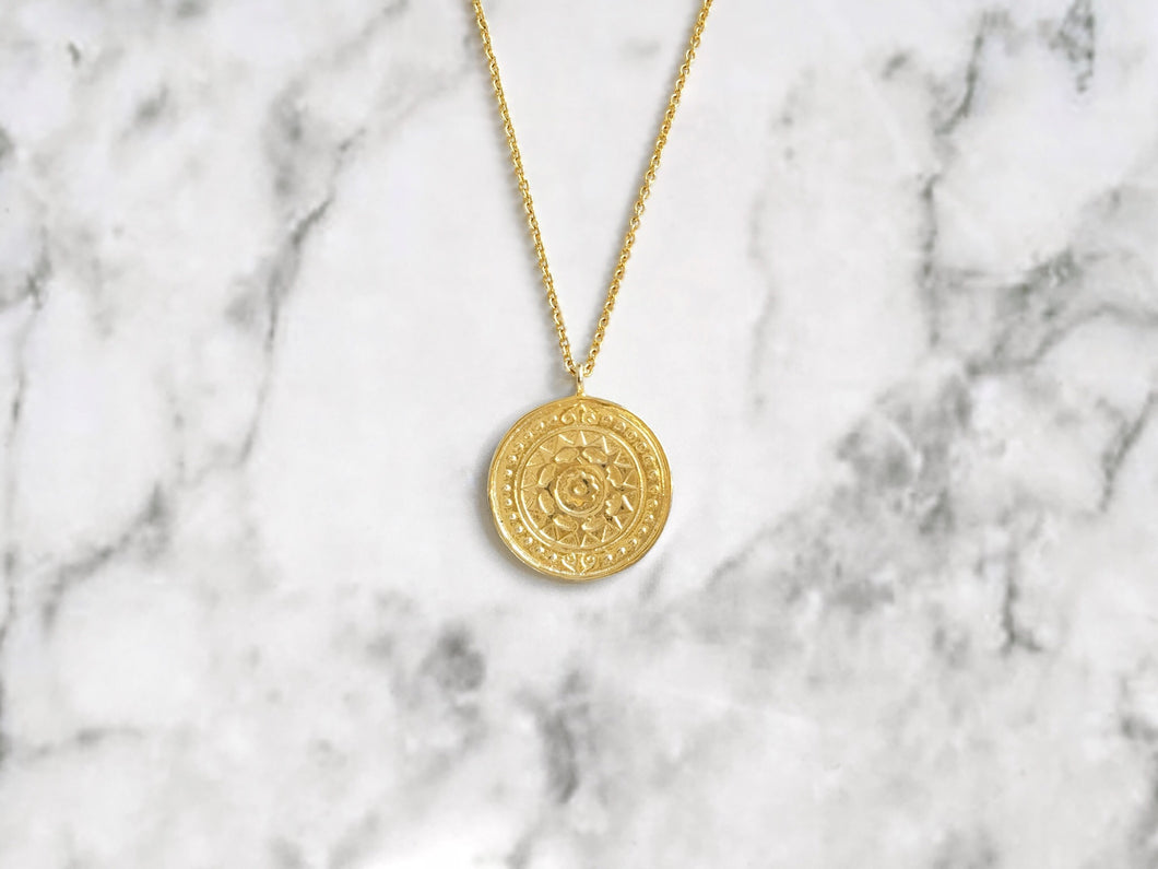 FLOWER COIN NECKLACE