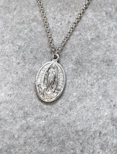 Load image into Gallery viewer, LOURDES SILVER NECKLACE