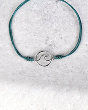 Load image into Gallery viewer, WAVE SILVER CORD BRACELET