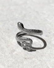 Load image into Gallery viewer, SNAKE RING