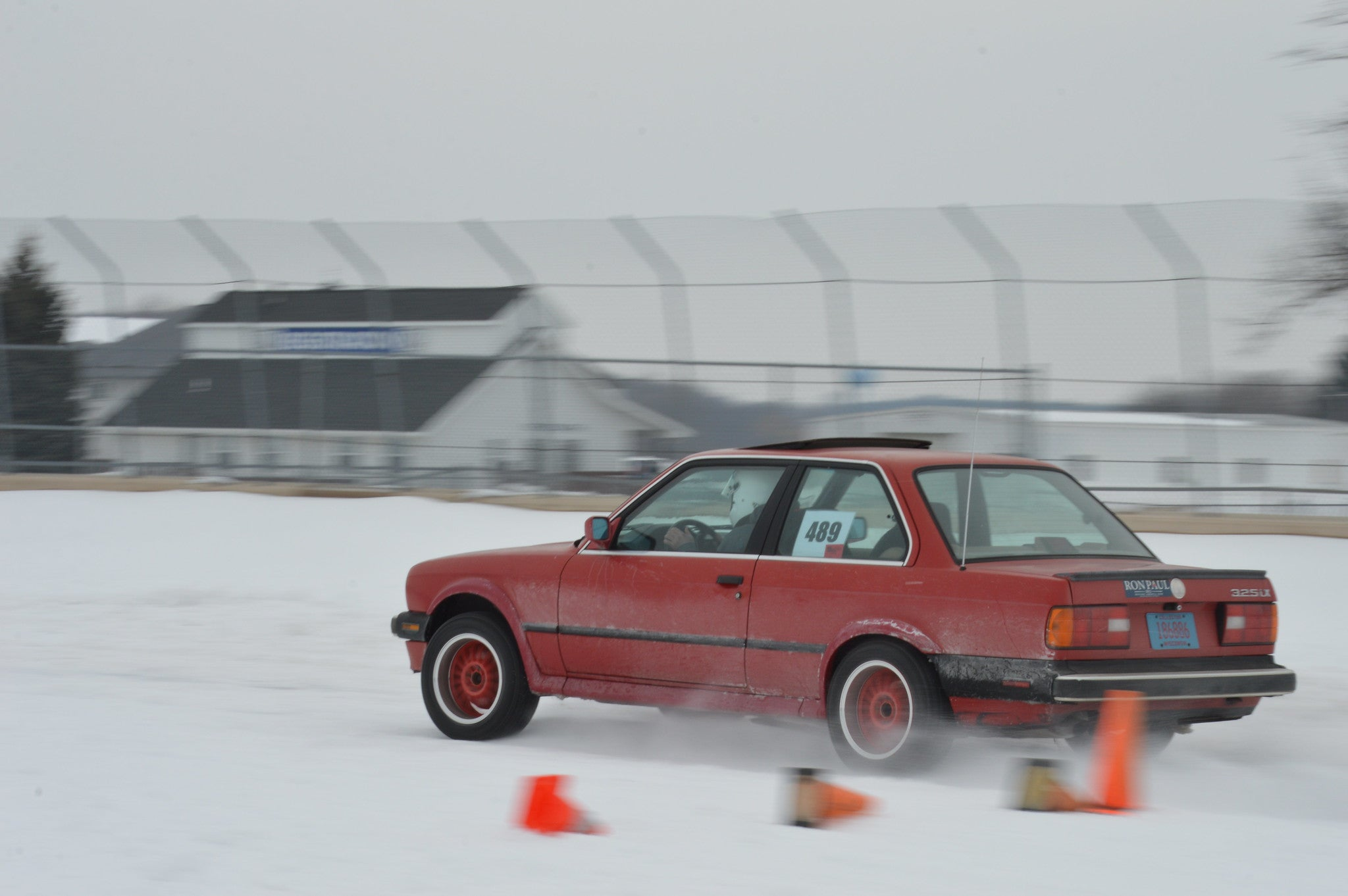 1988 BMW 325ix competing in a winter autocross