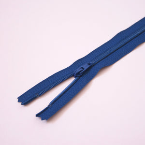 23cm 9 Inch Nylon YKK Dress Zip - 039 Dark Royal