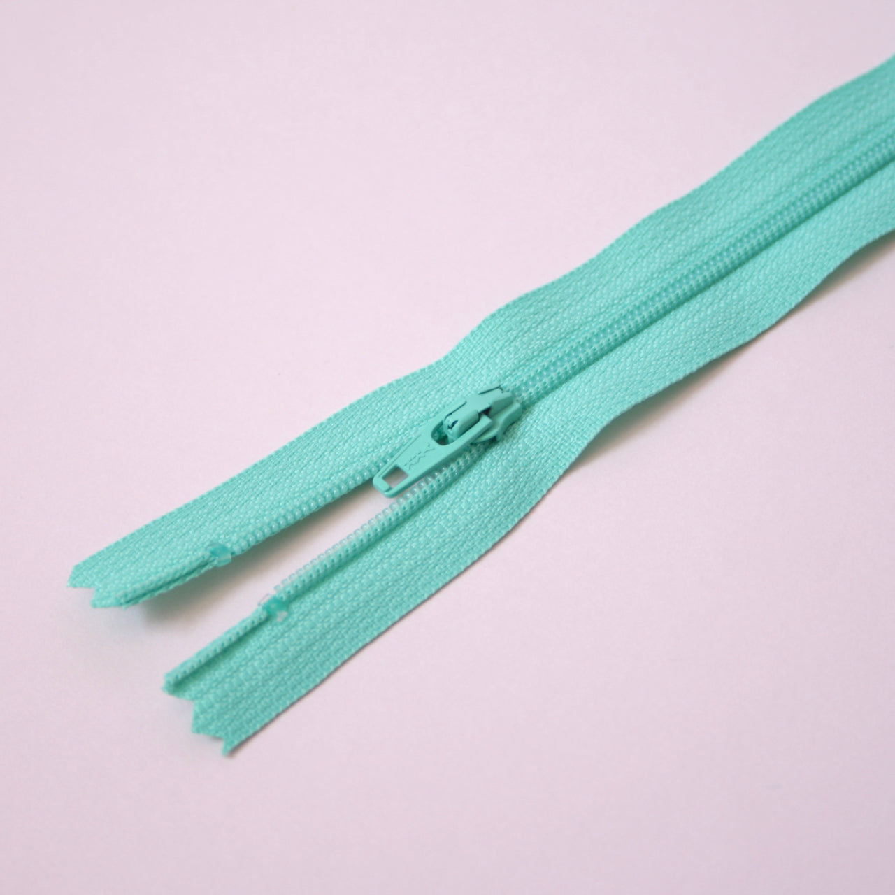 30cm 12 Inch Nylon YKK Dress Zip - 534 Mint