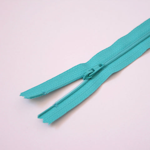 30cm 12 Inch Nylon YKK Dress Zip - 825 Light Jade