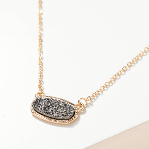 Oval Druzy Stone Charm Short Necklace