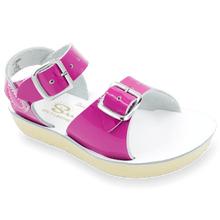 Load image into Gallery viewer, Surfer Sandal - Shiny Fuchsia