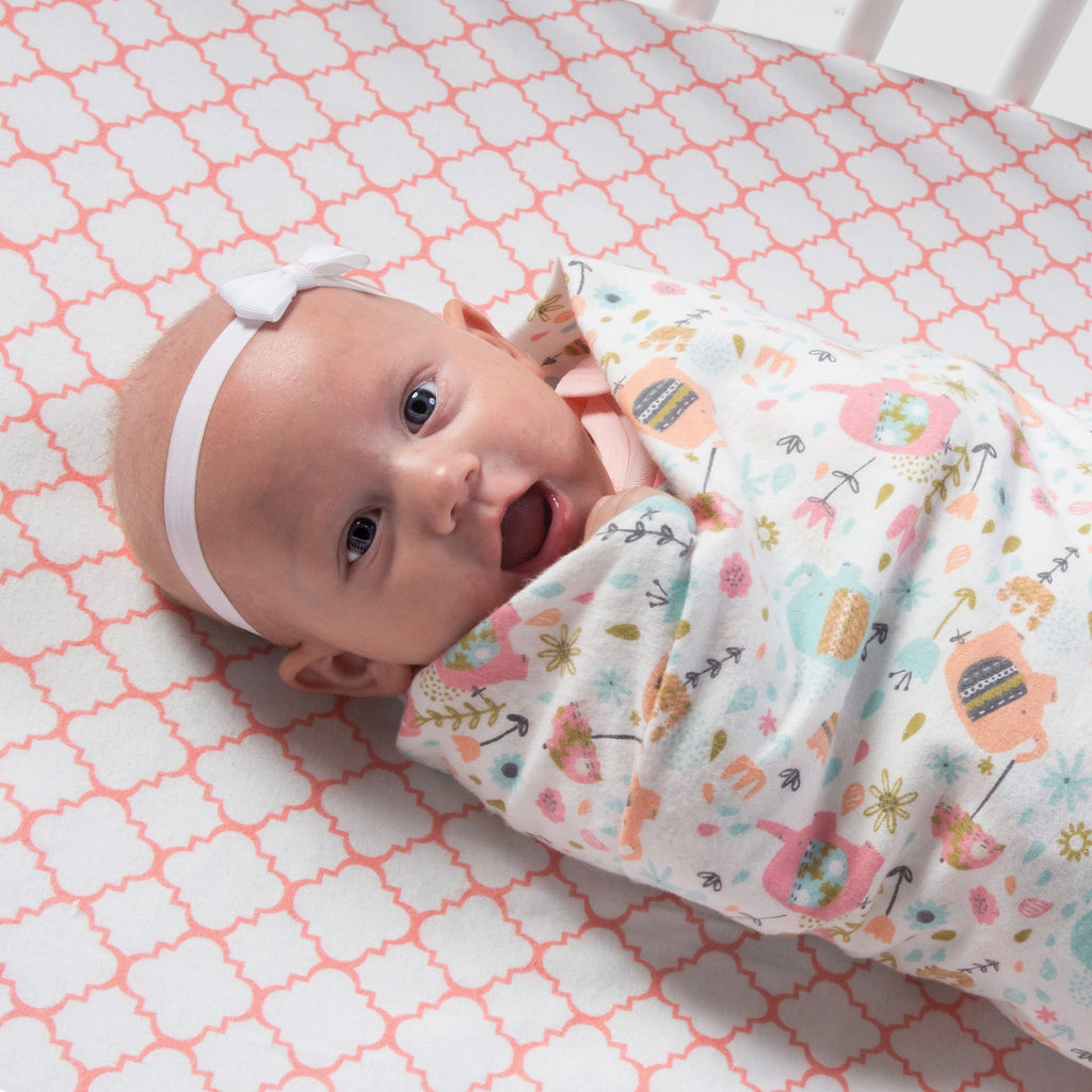 Coral Quatrefoil Deluxe Flannel Fitted Crib Sheet