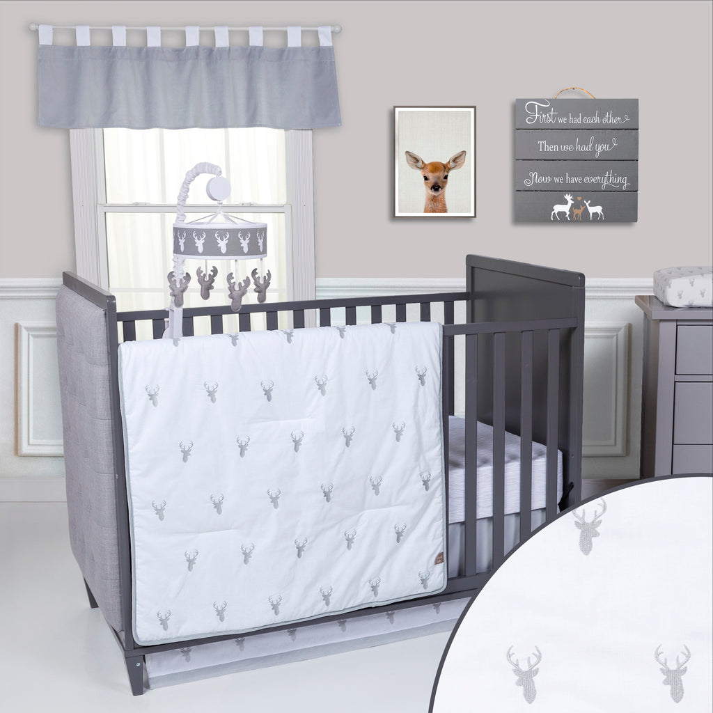 Stag Head 3 Piece Crib Bedding Set