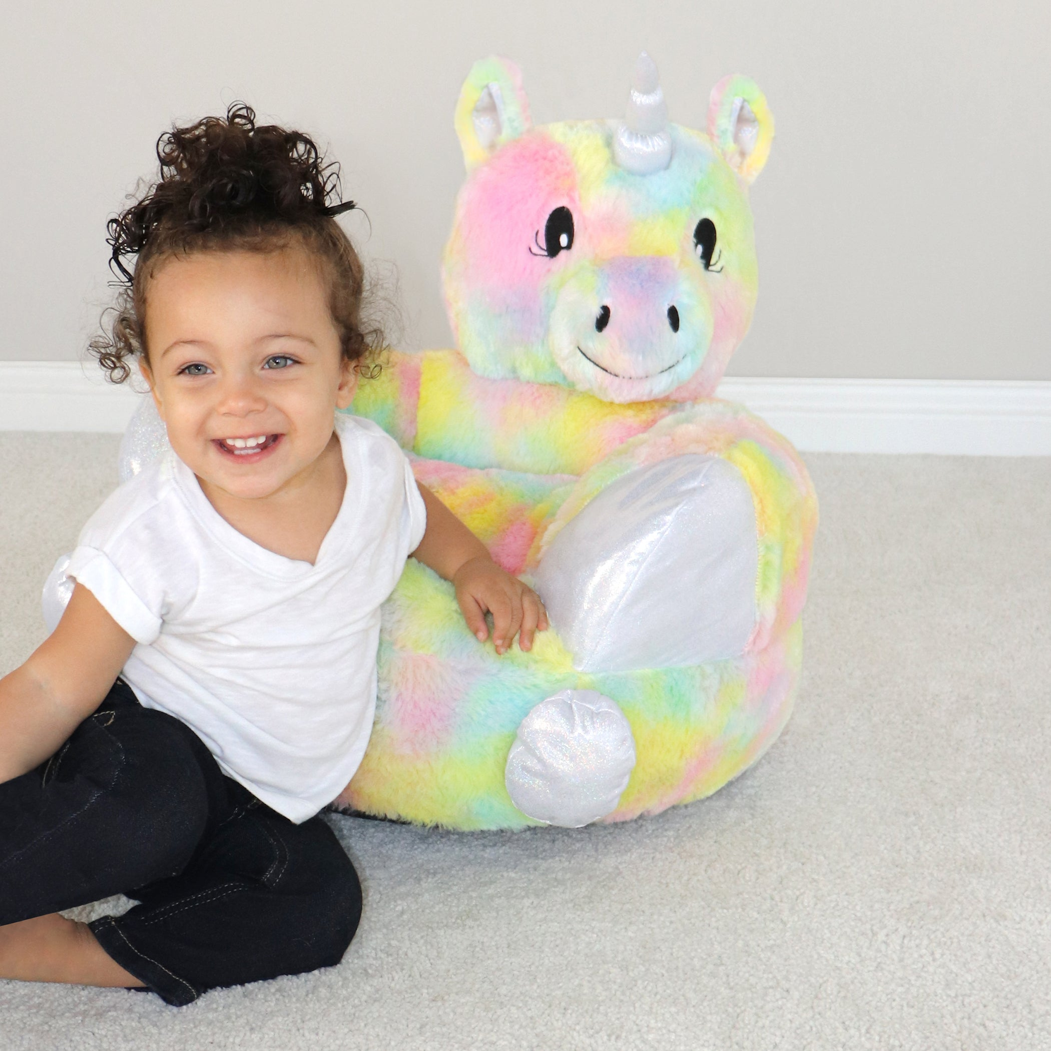 Stupendous Childrens Plush Rainbow Unicorn Character Chair Trend Lab Beatyapartments Chair Design Images Beatyapartmentscom