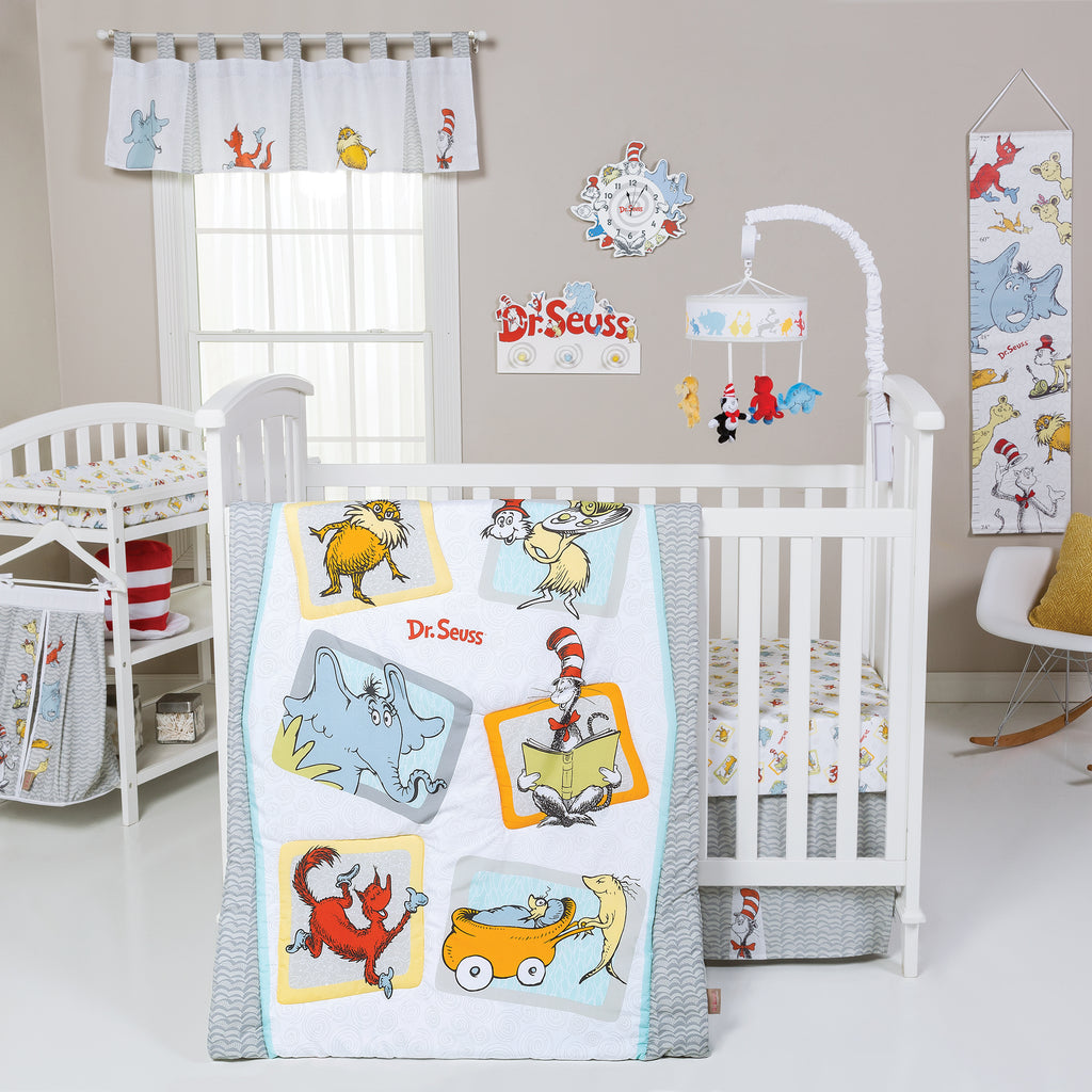 Dr. Seuss™ Friends 5 Piece Crib Bedding Set Trend Lab, LLC