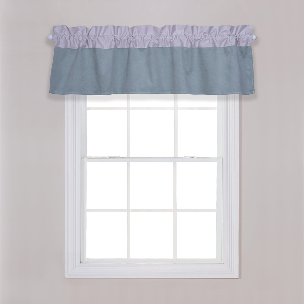 Dr. Seuss™ Classic Cat in the Hat Window Valance Trend Lab, LLC