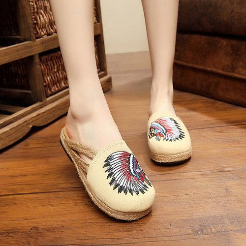 Embroidery Pattern National Wind Vintage Slip On Flat Sandals