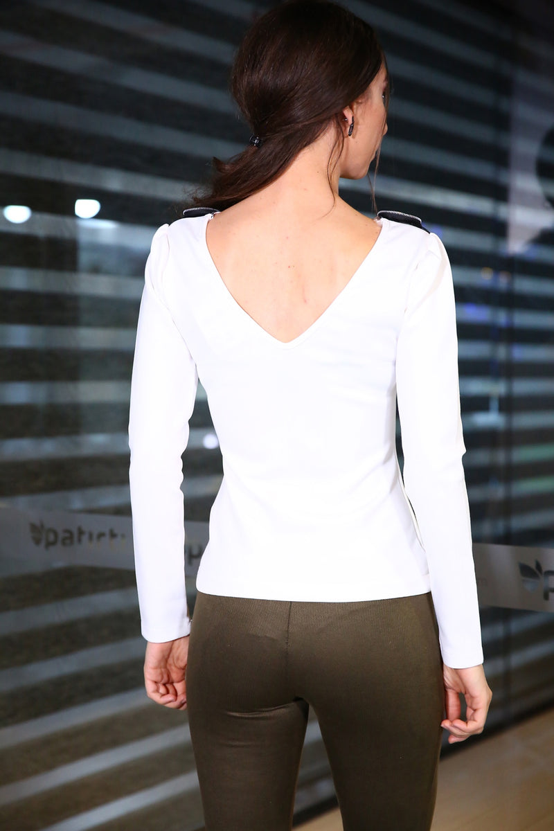 Neck Décolletage Ecru Top