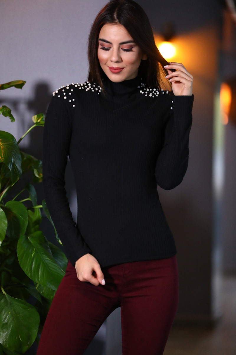 Pearl Detailed Black Tricot