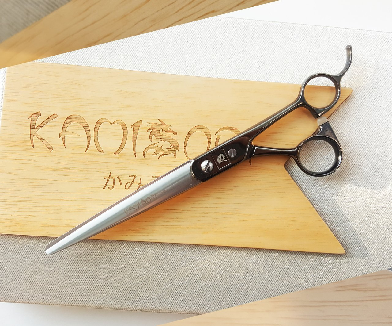ScissorTech - KAMISORI Kobura Professional Haircutting Shears (1612285640778)