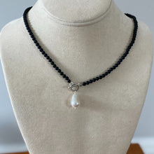 Load image into Gallery viewer, Black onyx/silver/white pearl