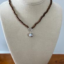Load image into Gallery viewer, Pearl Drop Toggle Necklace