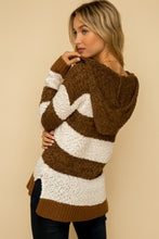 Load image into Gallery viewer, Brown striped Sweater with hood