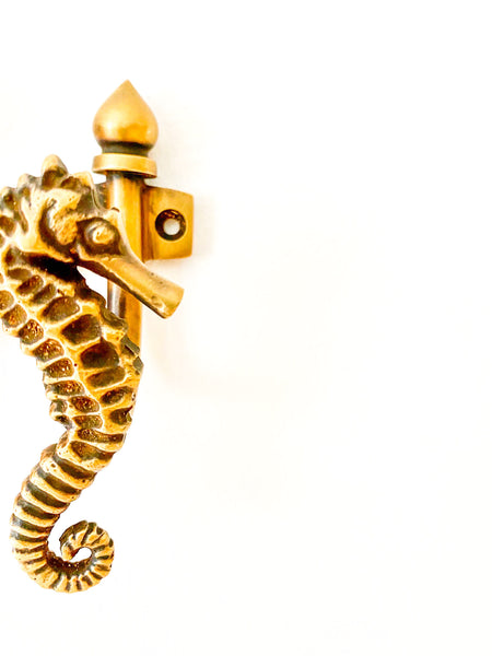 BRASS WALL HOOK - SEAHORSE