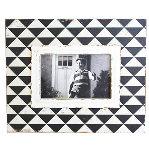 GEOMETRIC WOOD PICURE FRAME