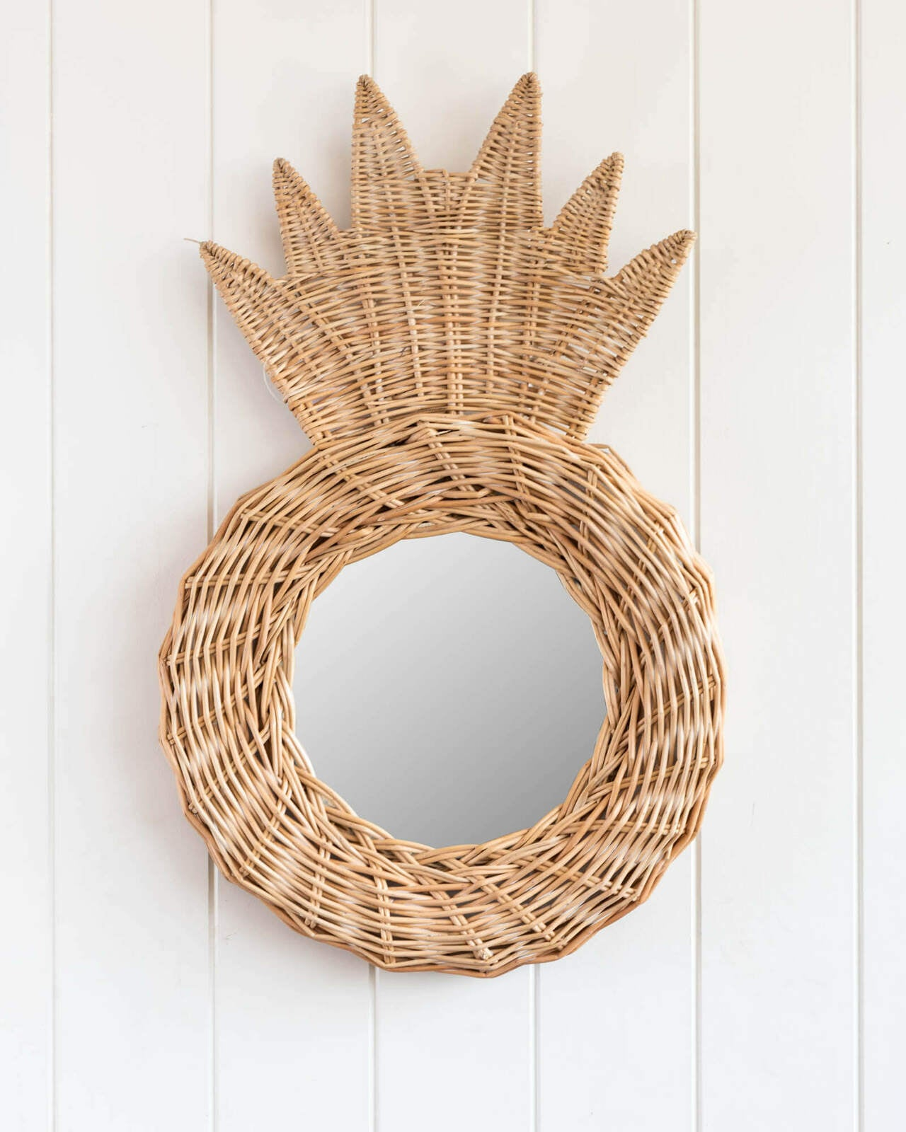 RATTAN PINEAPPLE MIRROR