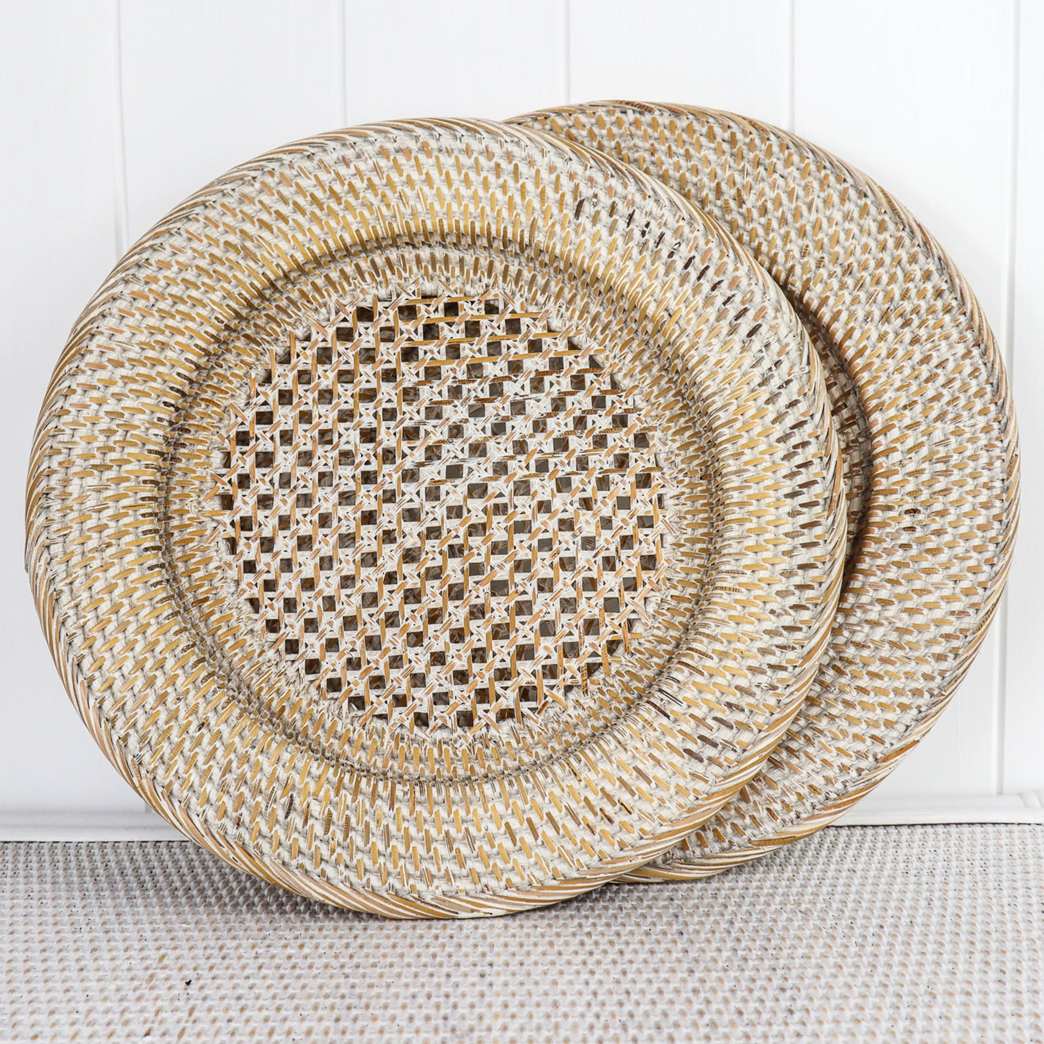 RATTAN WHITEWASHED TABLE CHARGERS