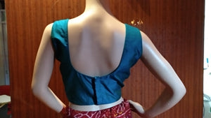 Blouse Design 136 - Trendy sleeveless blouse