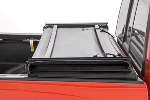TOYOTA SOFT TRI-FOLD BED COVER (16-19 TACOMA)