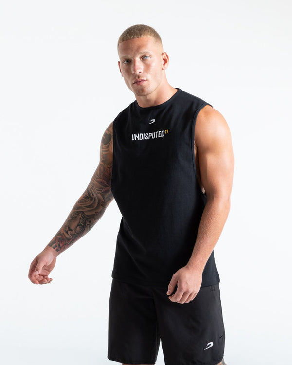 UNDISPUTED17 GRAPHIC MUSCLE TANK BLACK.