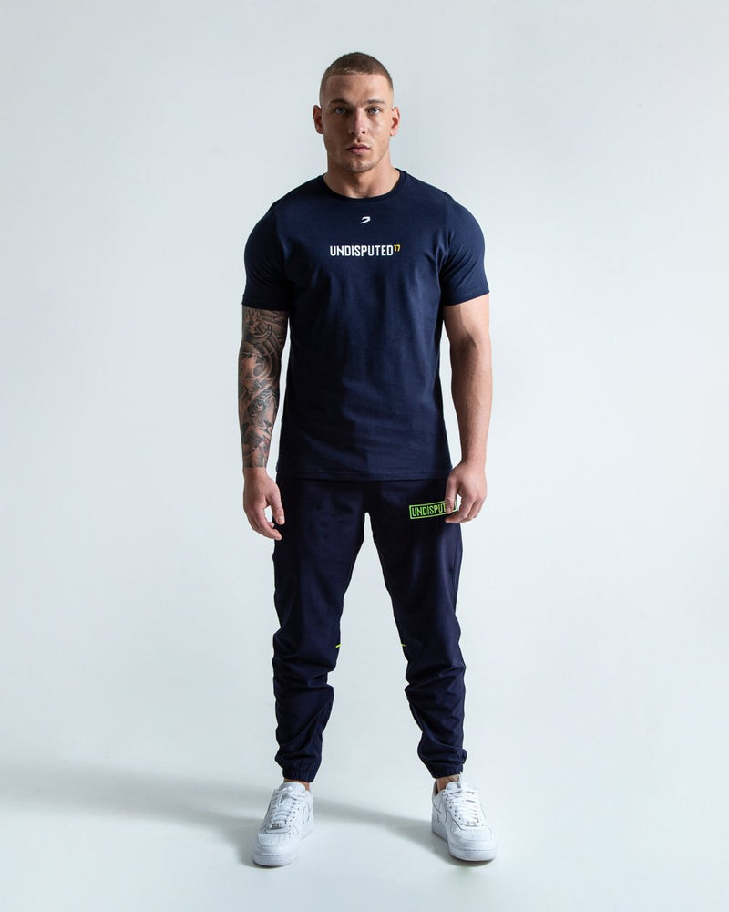 UNDISPUTED17 GRAPHIC T-SHIRT NAVY