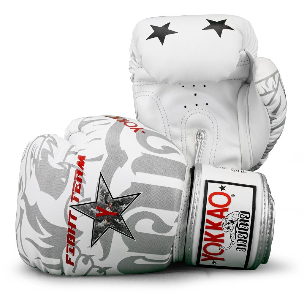 FIGHT TEAM BOXING GLOVES
