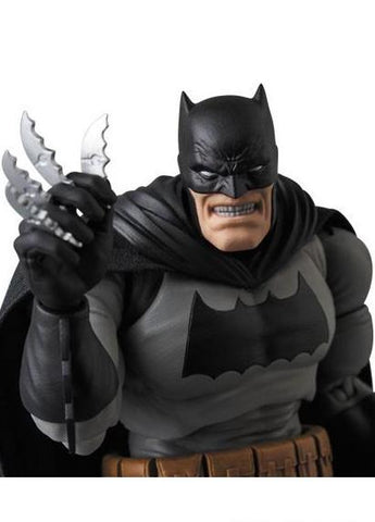 DC Comics: Batman (The Dark Knight Returns) Non-Scale Figure