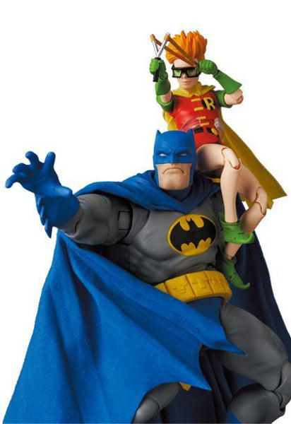 DC Comics: Batman Blue Ver. & Robin (The Dark Knight Returns) Mafex Medicom Toy