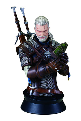 The Witcher 3 - Wild Hunt: Geralt Playing Gwent Bust Pre-order Dark Horse Comics