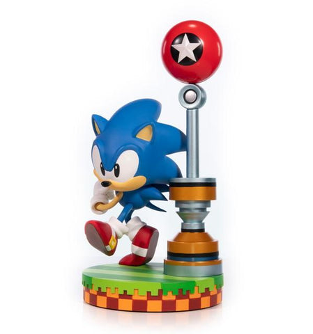 Sonic the Hedgehog: Sonic (Green Hill Zone) Statue Statue First4Figures