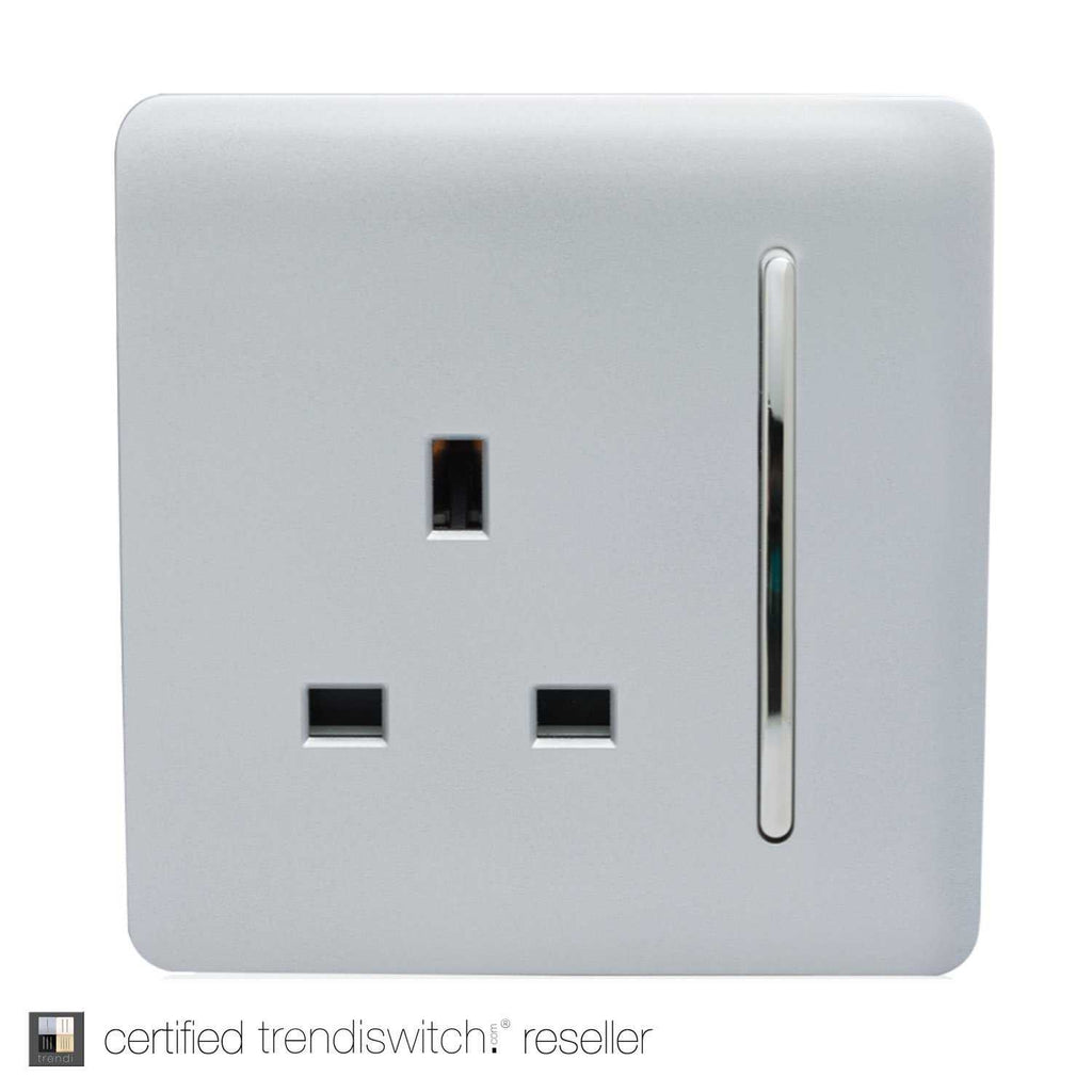 1 Gang 13amp Switched Single Socket Silver | iLite Lighting