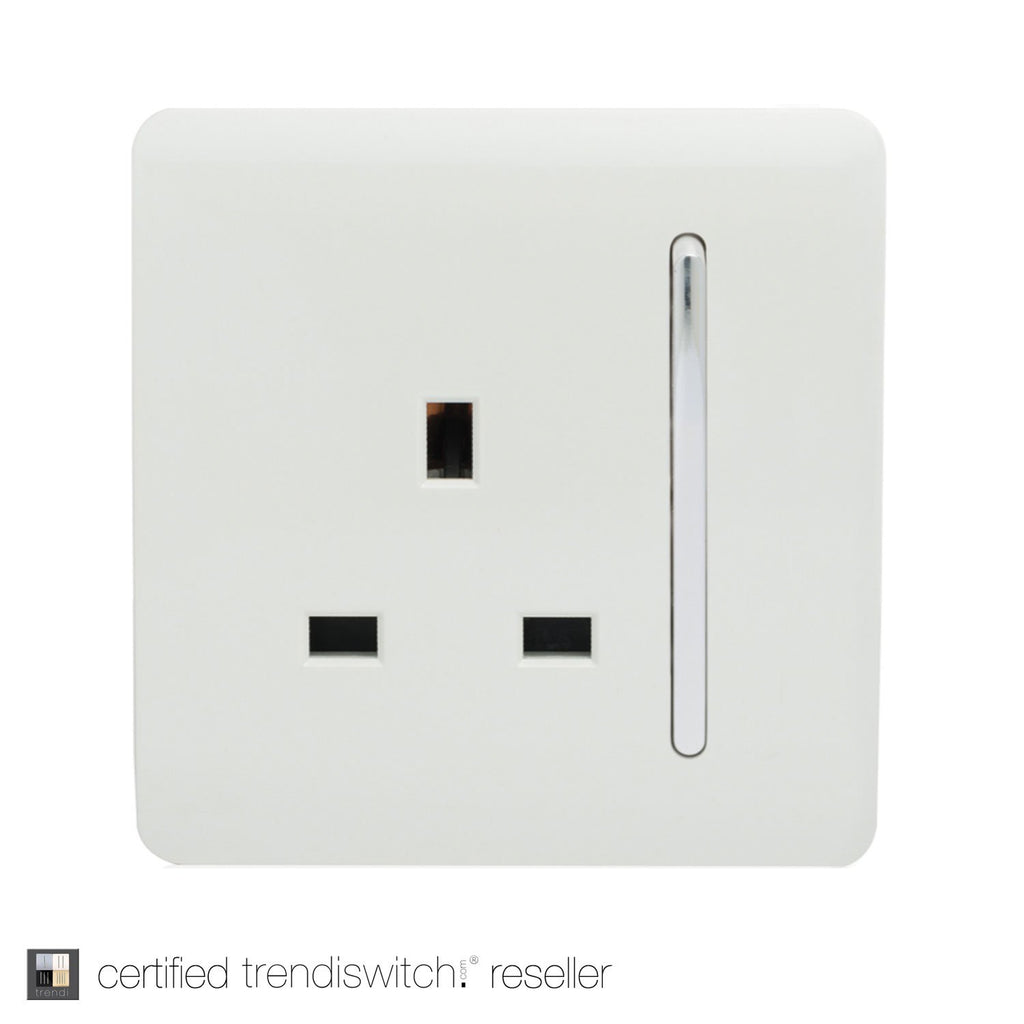 1 Gang 13amp Switched Single Socket White      7.95  Trendiswitch