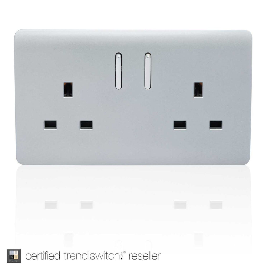 2 Gang 13amp Switched Double Socket Silver      11.95  Trendiswitch