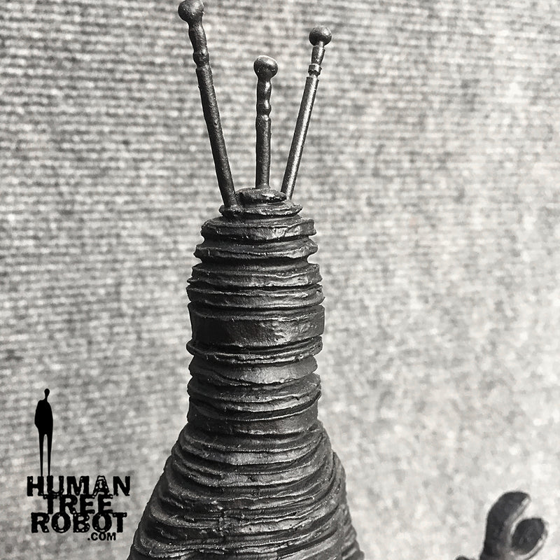 Sculpture: Robot C: 10 Black