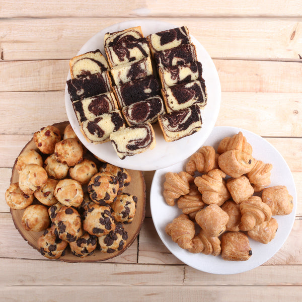 Deluxe Assorted Mini Pastries (22 - 24 Pax)