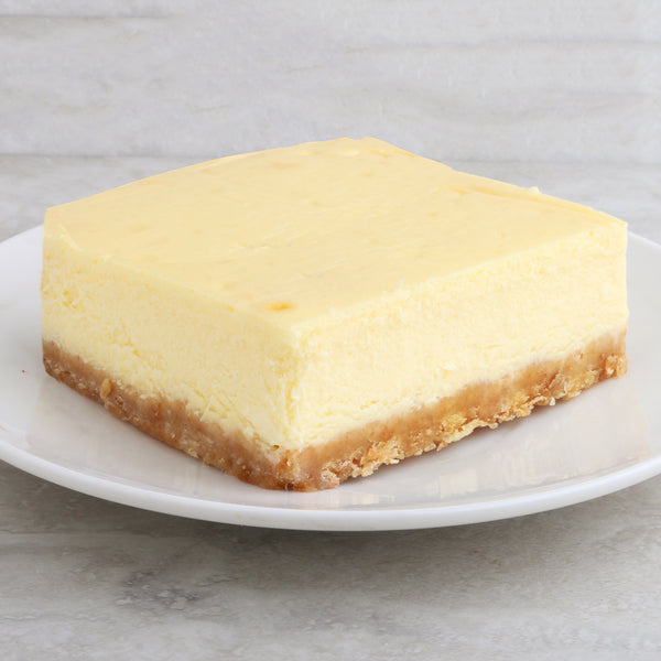 Baked Cheesecake Slice*