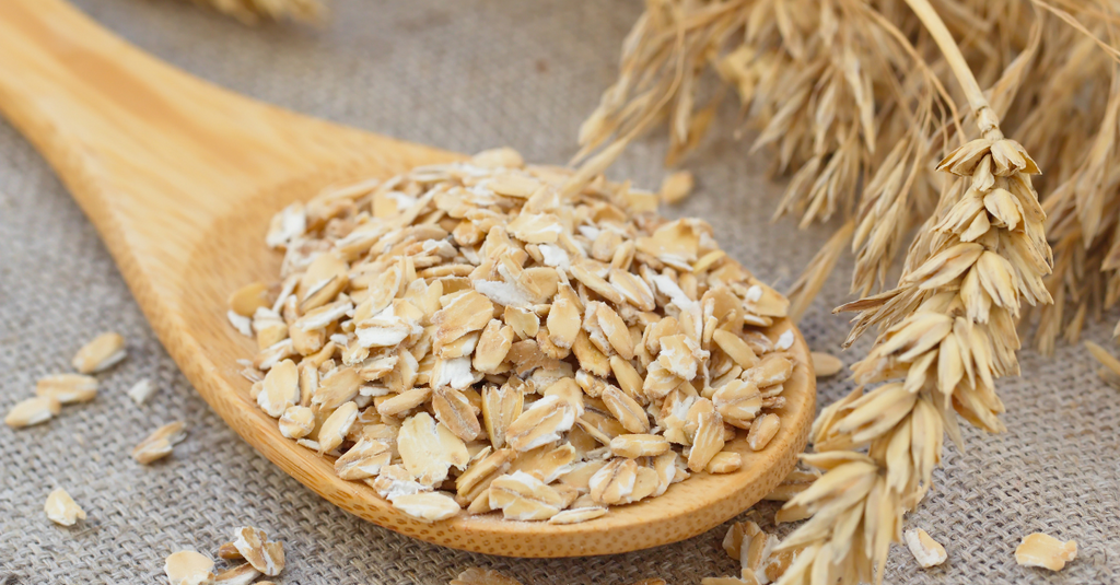 Why You Should Include Oats Into Your Skincare Routine