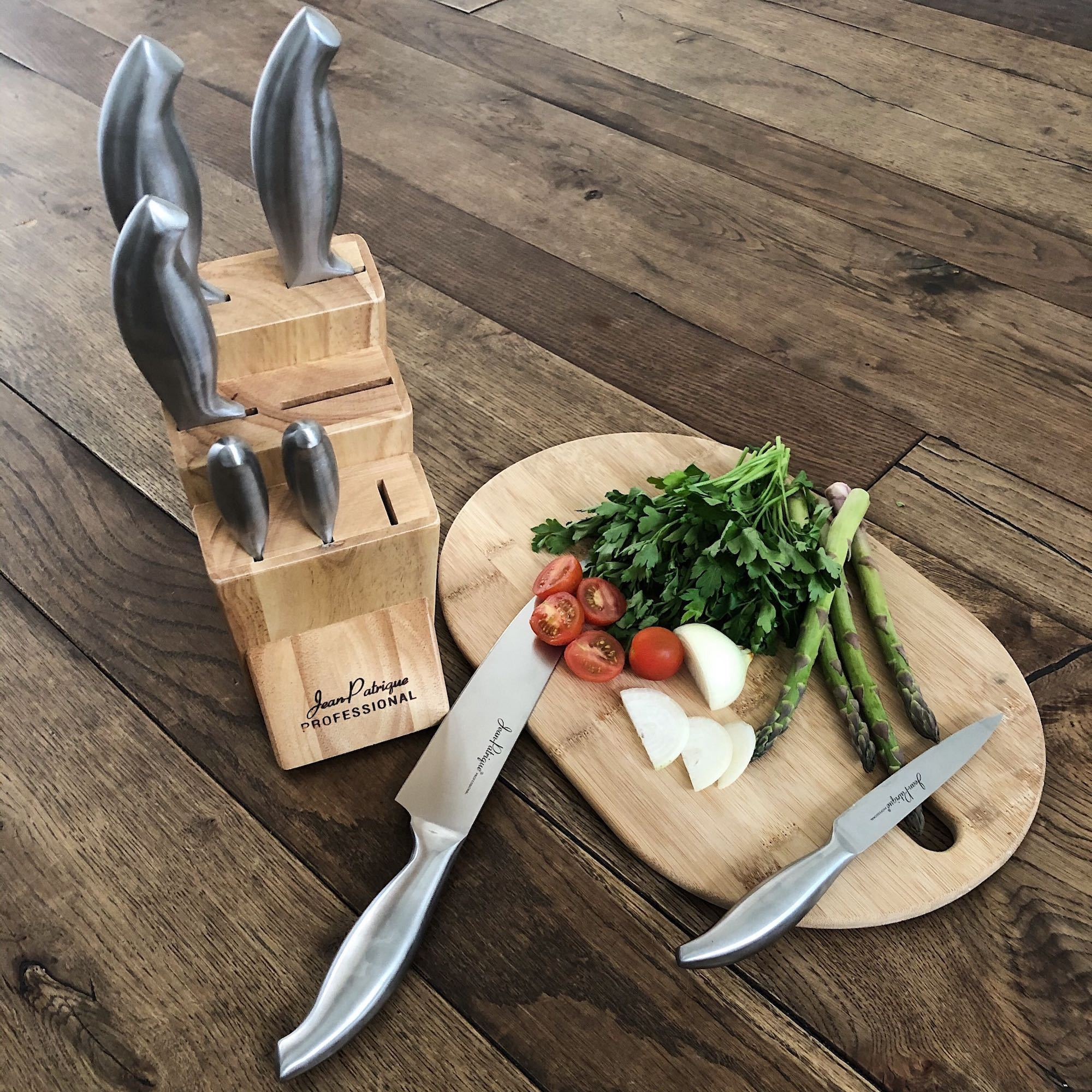 7 Piece Knife Set with Wooden Block