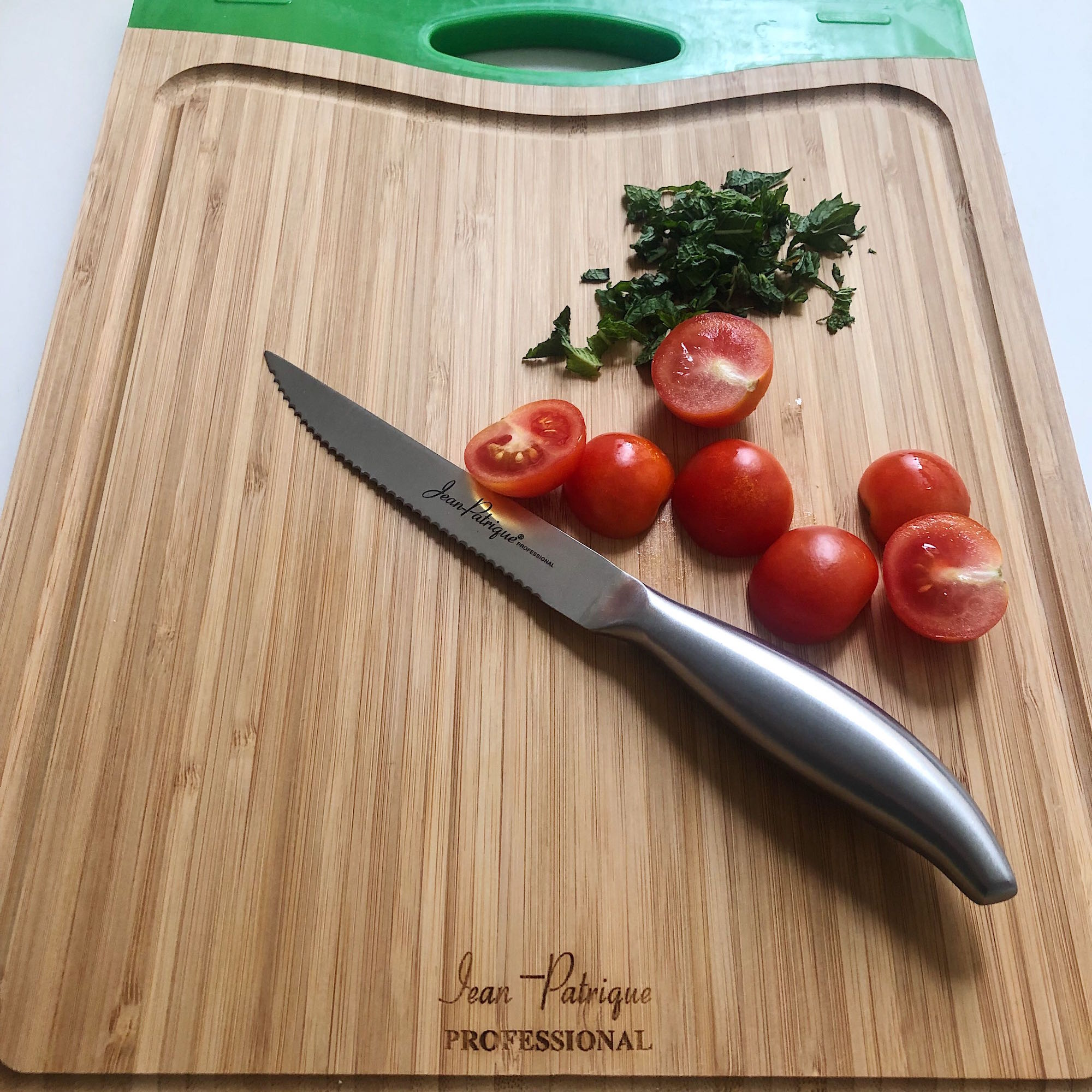 "Chopaholic 5"" Serrated Vegetable Knife"