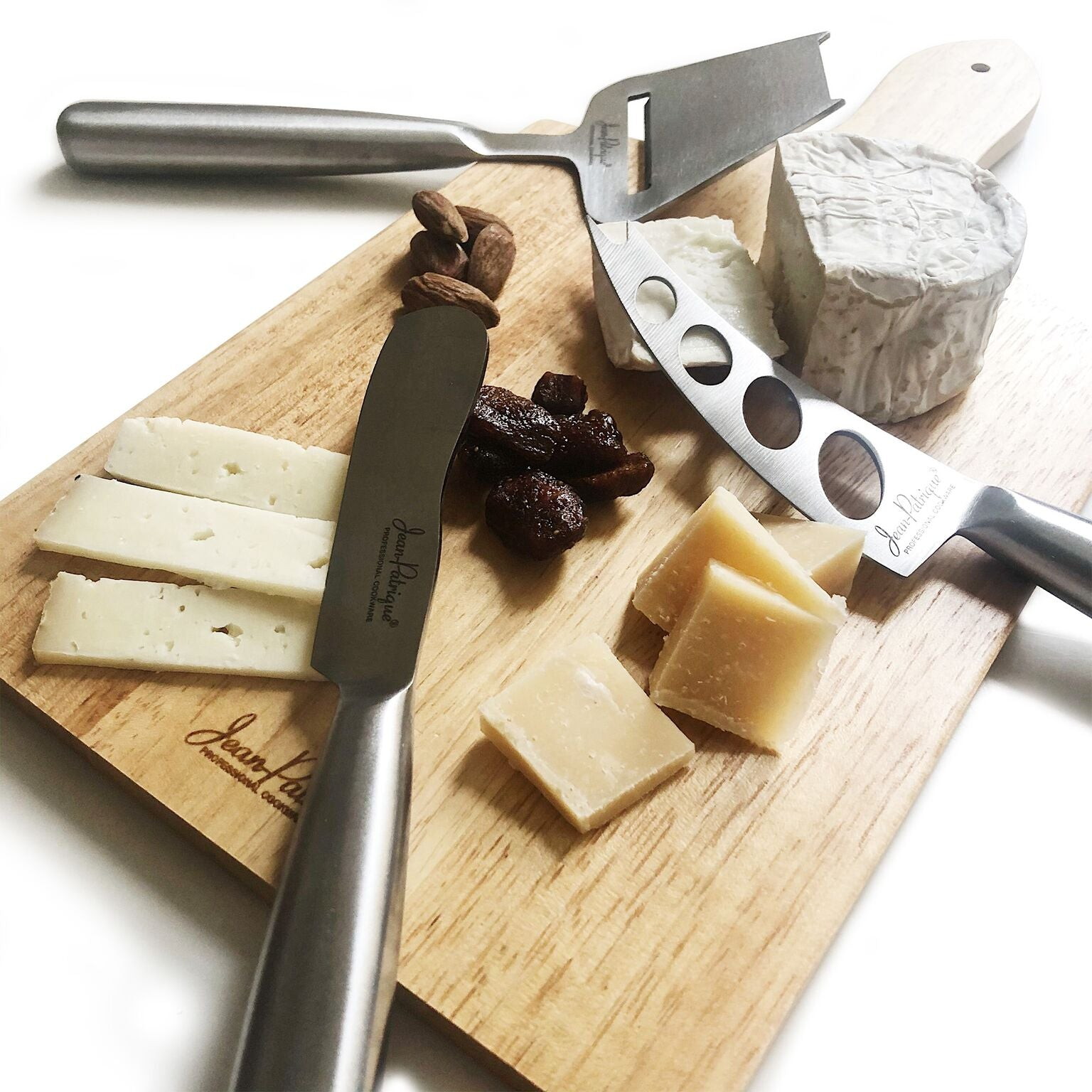 3-Piece Cheese Knife Set with Traditional Cheese Board