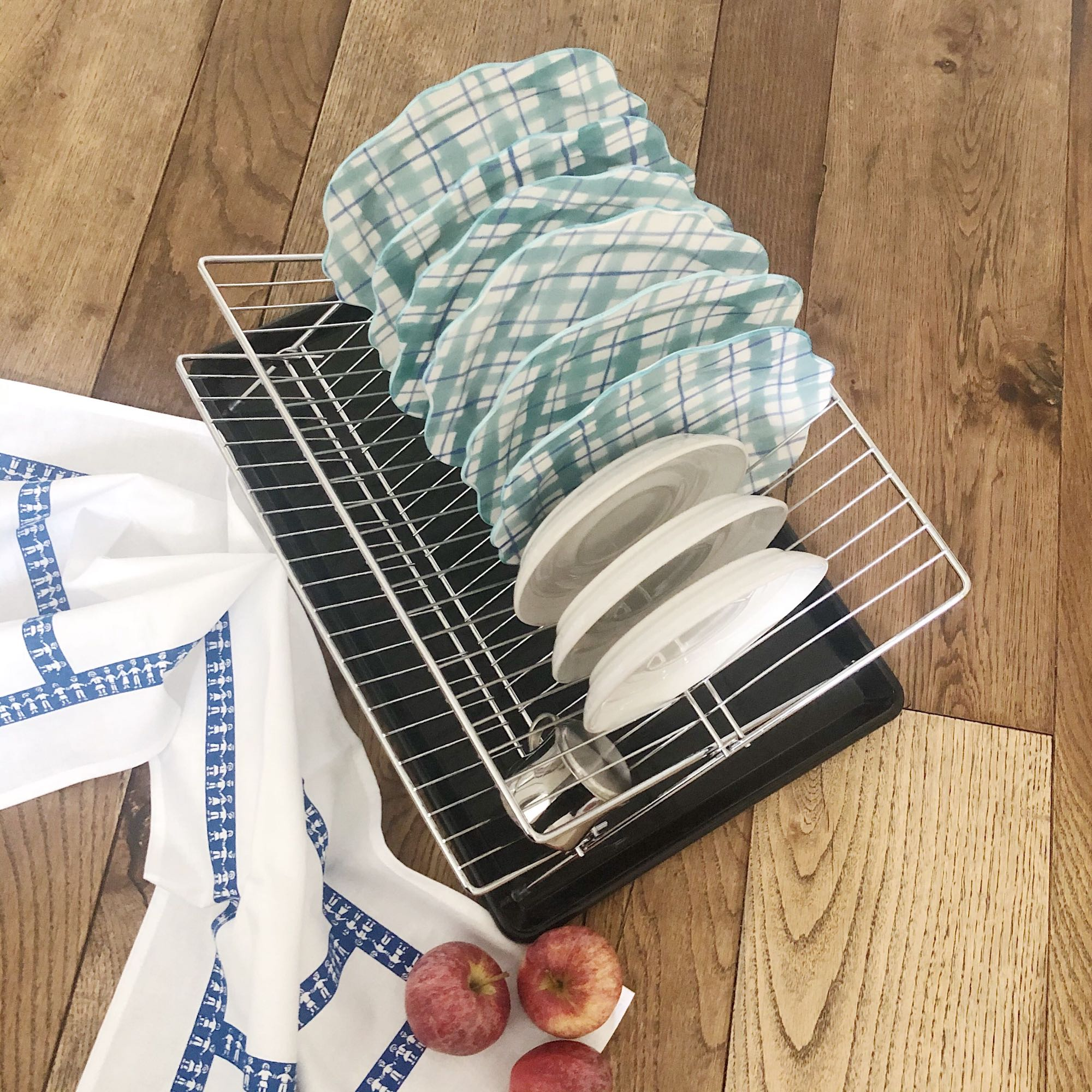 Folding Dish Drainer with Tray