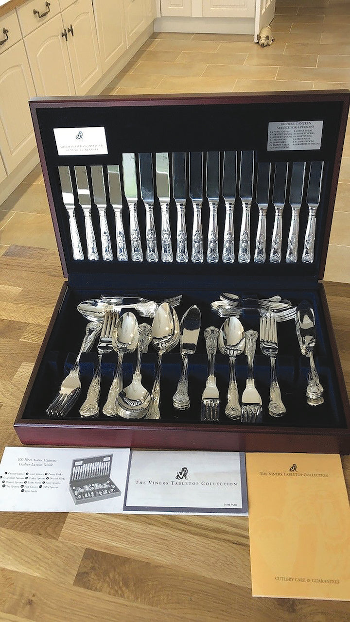 Viners 100 Piece Tudor Cutlery Set - Kings Patterned